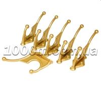 Крючки для одежды цвета золото